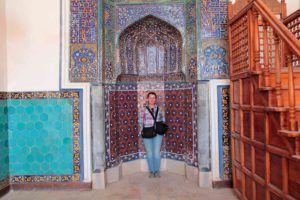 Mihrab de la mezquita . Bukhara