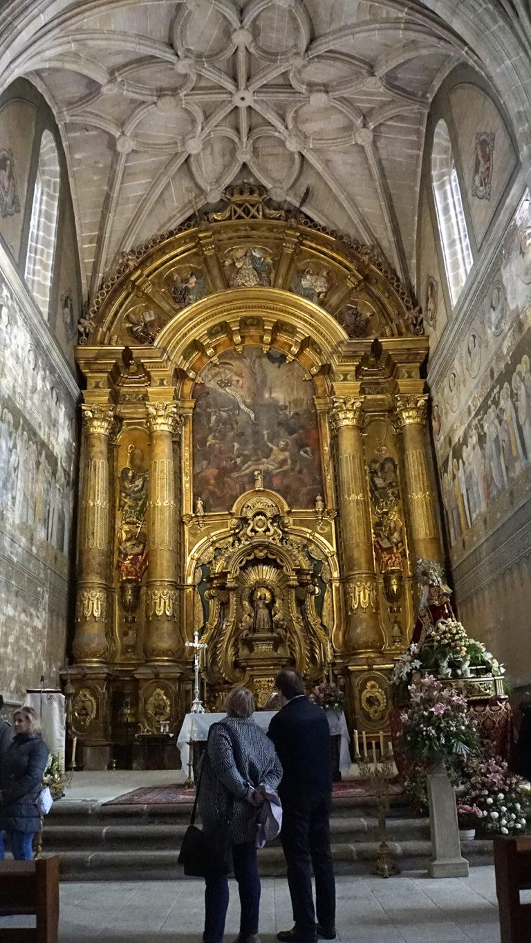 Monasterio Benedictino de San Vicente del Pino