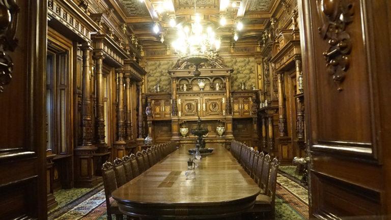 Castillo de Peles. Comedor