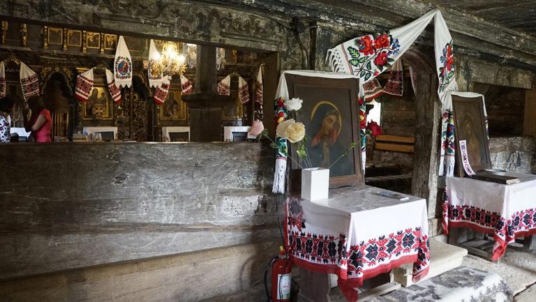 Iglesia de Surdesti