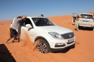 Marruecos. Desatascando coche